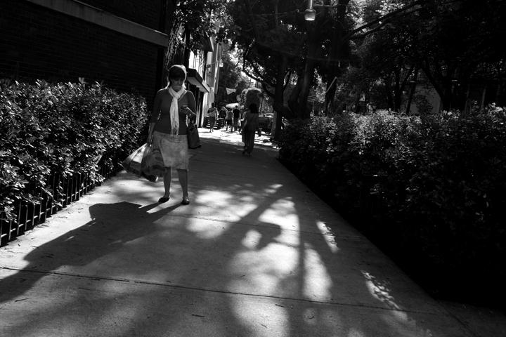 stroll04_lres