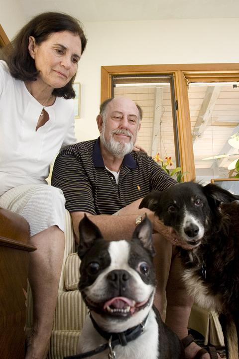 dade-katrina-dogs-0825B