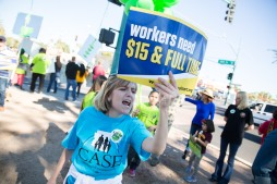 20141128walmartstrikers024